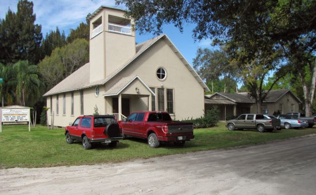 Image of Fellsmere Community Bible Church Precincts 2/3